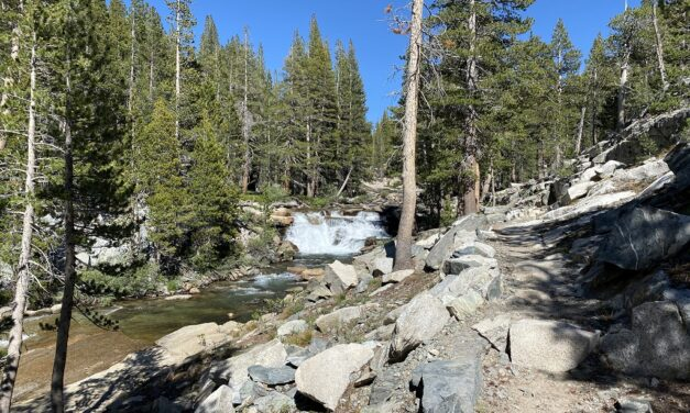 Day 2 – French Canyon to Evolution Meadow – river crossing