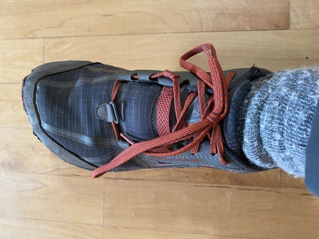 hallux-limitus-shoe-lacing